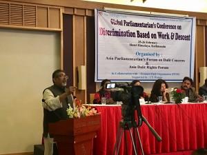 Paul Divakar konferenssissa